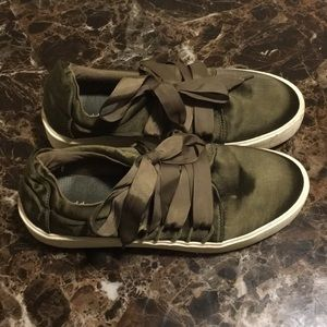 Olive green madden girl shoes